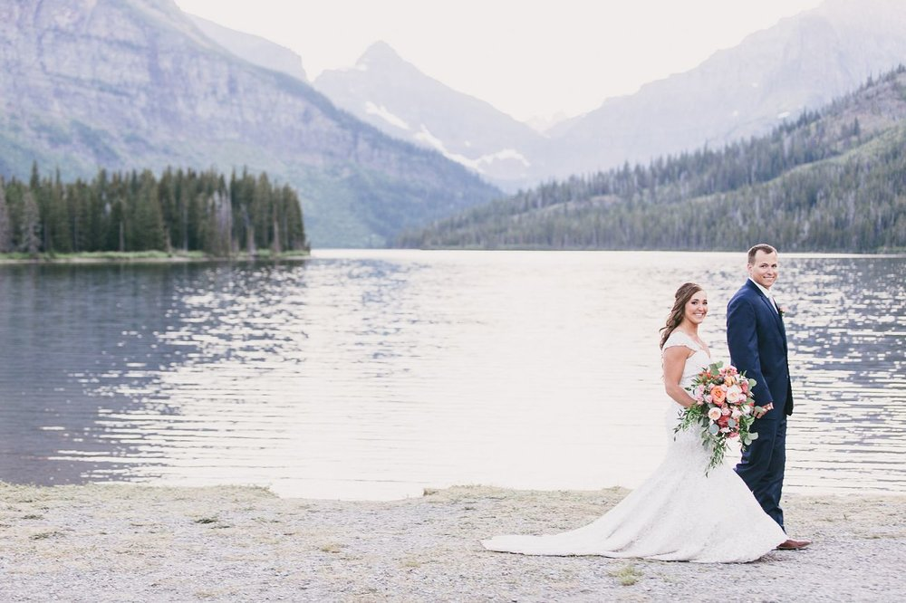 Jennifer_Mooney_Photo_Kelsey_Logan_East_Glacier_Wedding_00021.jpg