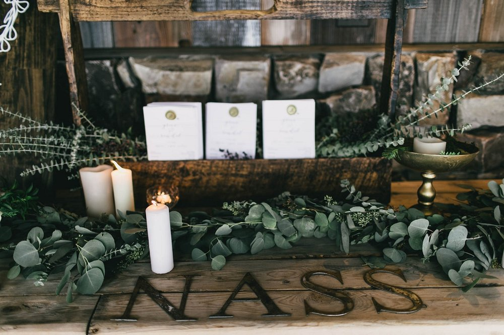 Jennifer_Mooney_Photography_Montana_45_Elegant_Winter_Wedding__025.jpg
