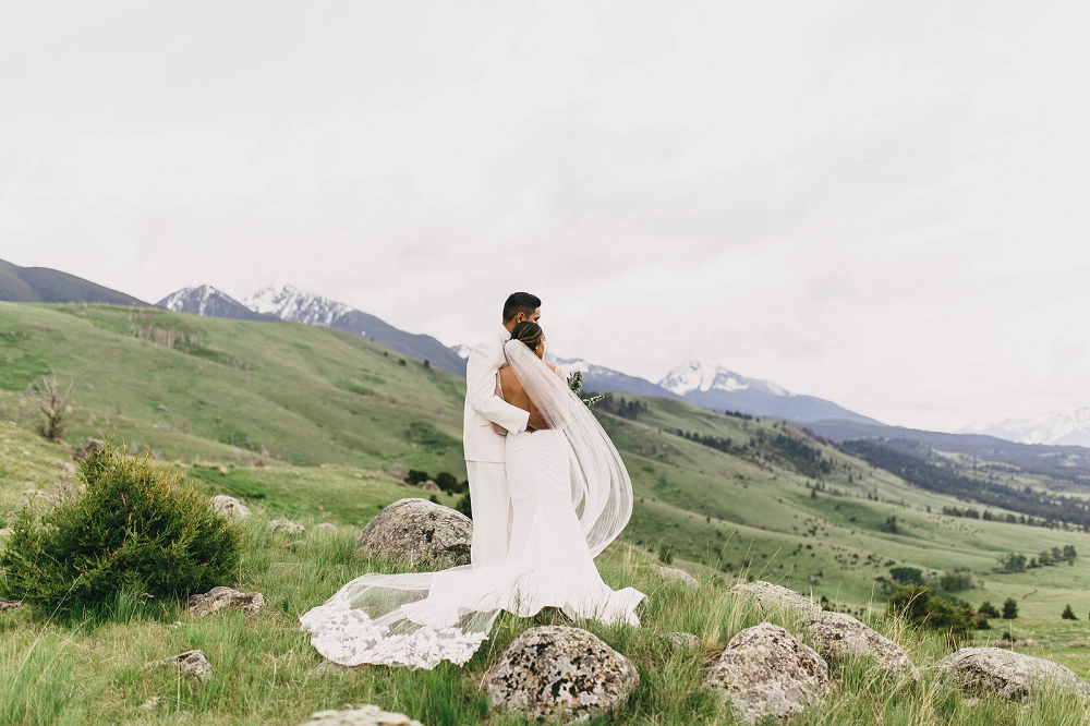 Jennifer_Mooney_Photography__Elegant_Bozeman_Montana_Wedding_071.jpg