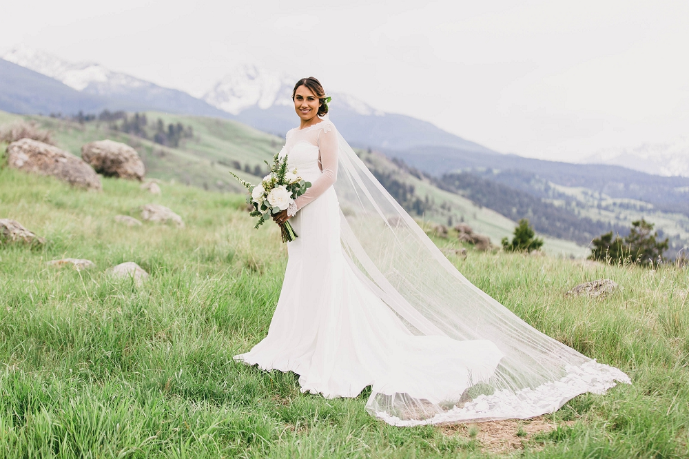 Jennifer_Mooney_Photography__Elegant_Bozeman_Montana_Wedding_076.jpg