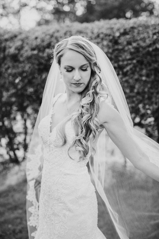 Glen_Magna_Farms_Wedding_Photographer-15.jpg