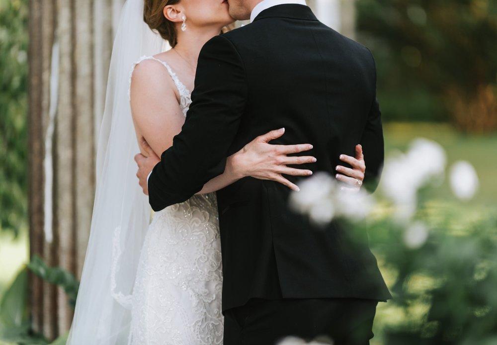 Glen_Magna_Farms_Wedding_Photographer-29.jpg