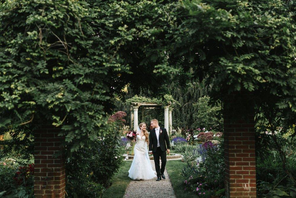 Glen_Magna_Farms_Wedding_Photographer-30.jpg