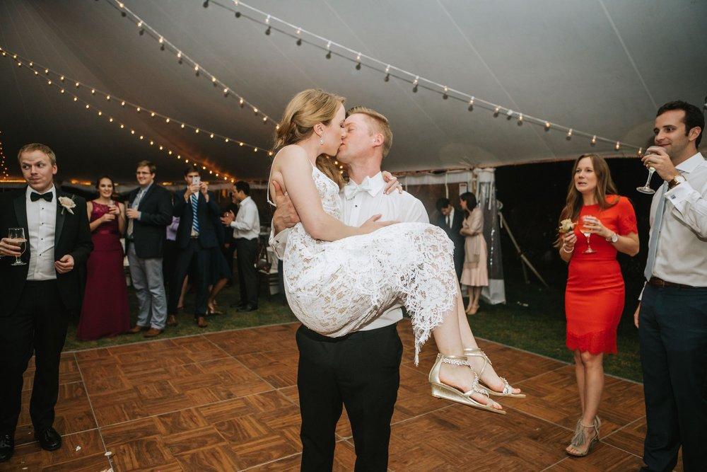 Glen_Magna_Farms_Wedding_Photographer-47.jpg
