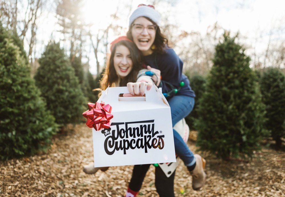 Lena-Mirisola-Boston-Commercial-Johnny-Cupcakes6.jpg