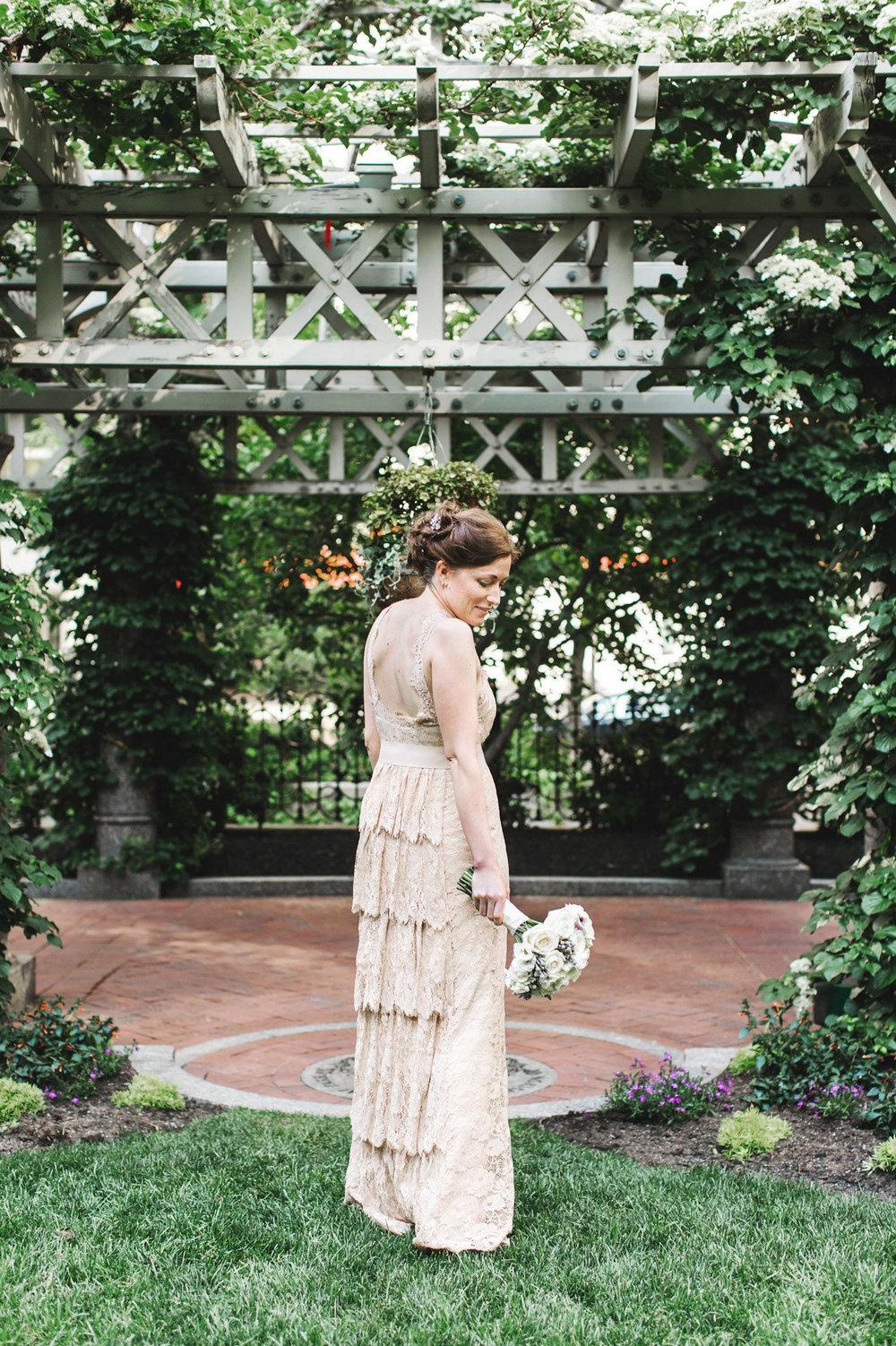 2-Boston_Wedding_Photographer_Lena_Mirisola-23.jpg