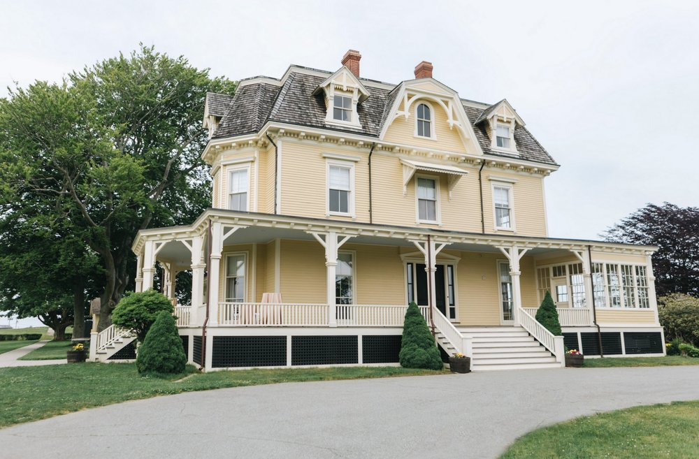 Eisenhower-House-Photographer-Newport-Wedding-1.jpg