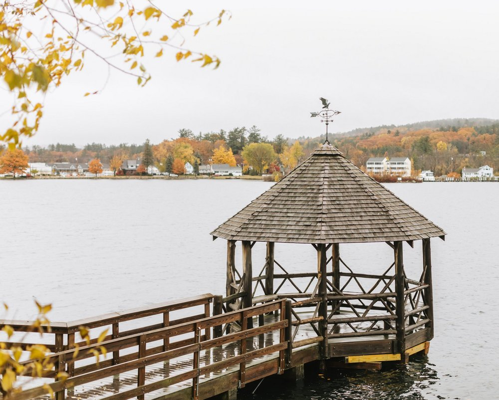 Church-Landing-Mill-Falls-Winnipesaukee-Fall-Wedding-2.jpg