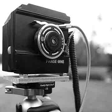 Homemade pinhole medium format digital camera