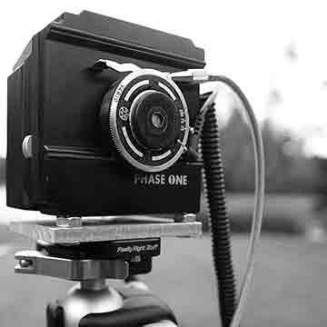 Homemade pinhole medium format digital camera