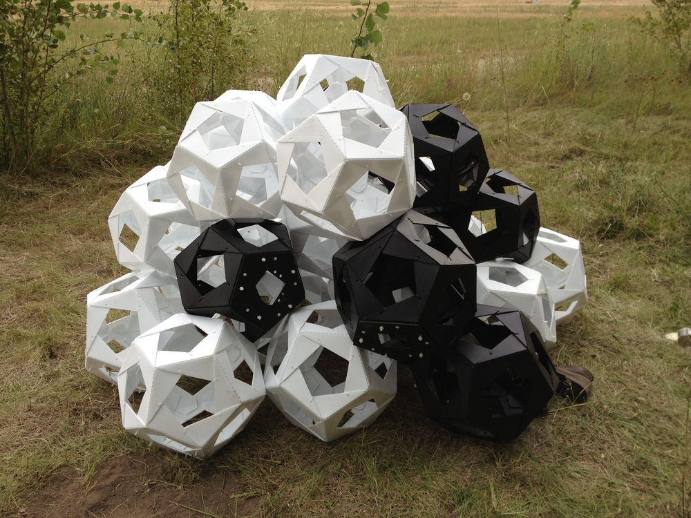 Voila, dodecahedrons.