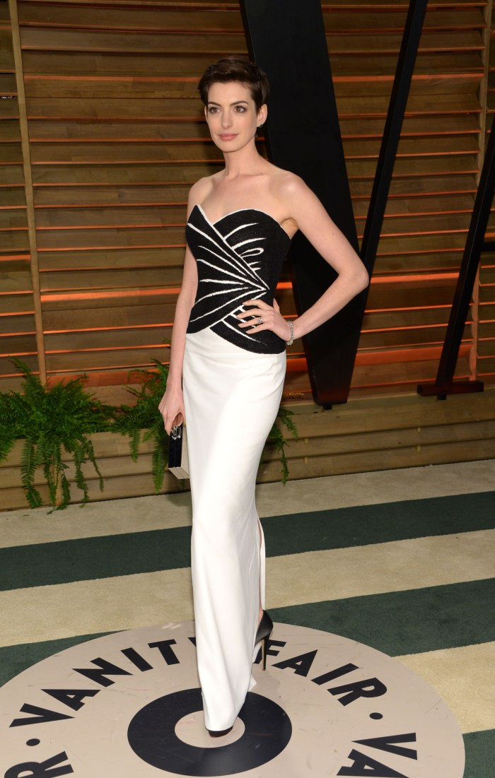 Anne Hathaway at the Vanity Fair after party