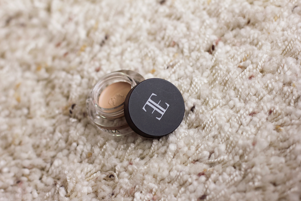 Evelyn Iona Cosmetics  Concealer