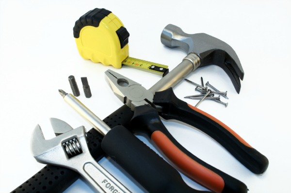DIY-Home-Repair-Kit.jpg