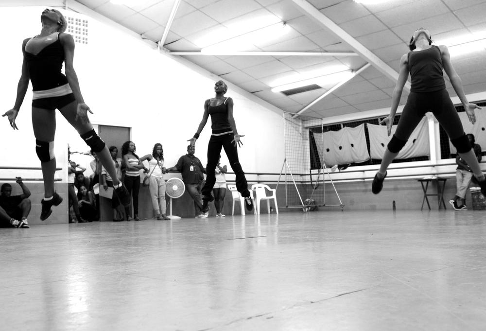 Flint Rehearsal - 2011, Dancers: LaShaun Prescott, Zulema Charles, Tricia Dukhie, Dance Company: Elle NYTT, Photography: Karen Johnstone, Location: Rehearsals for Elle 7 at the Cascade Dance Studio