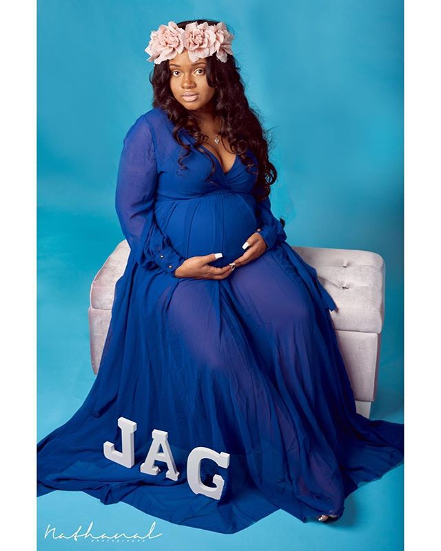 #photoshoot #photoshop #maternityshoot #baby #photos #nikon #blue #queen  #mother #motherhood #pregnant #pregnancy