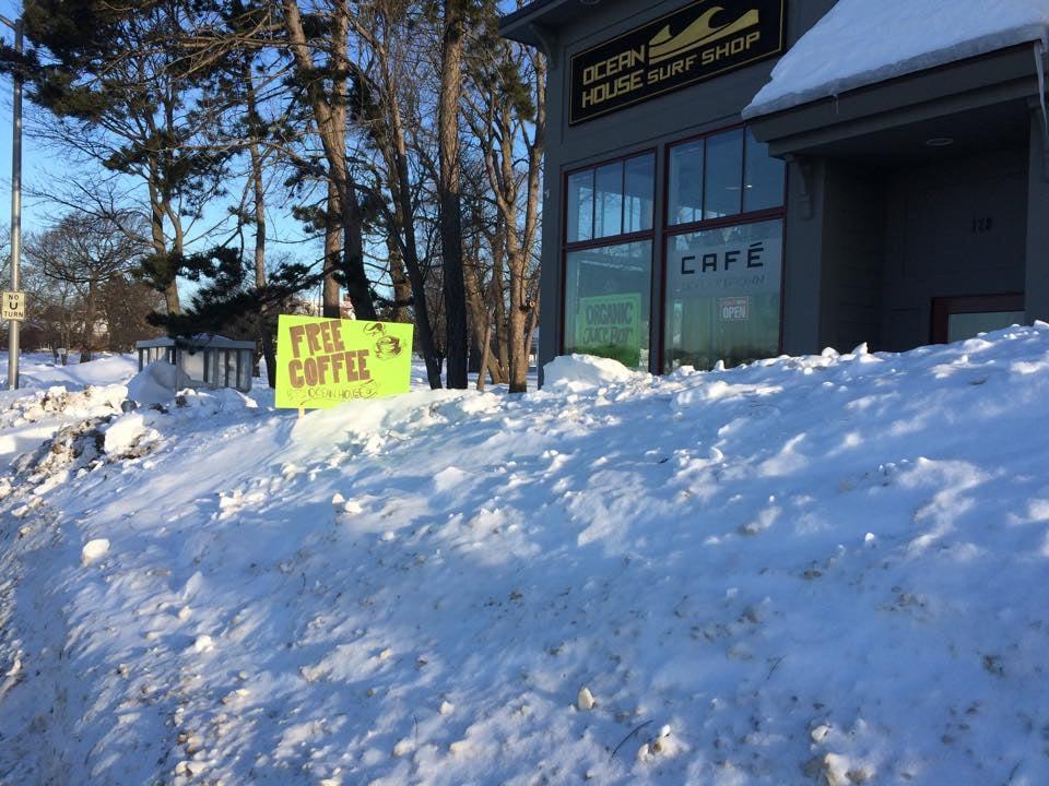 Snow pile free coffee.jpg