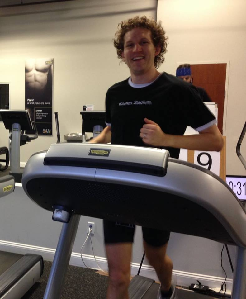 Chris Solarz running for the Guinness World Record, while wearing the Stadium t-shirt!