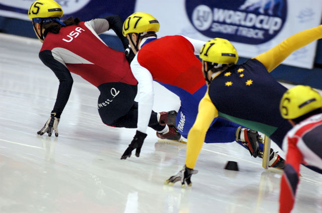 Short Track Speed Skating, Source: Wikipedia. Author: Noelle Neu, License