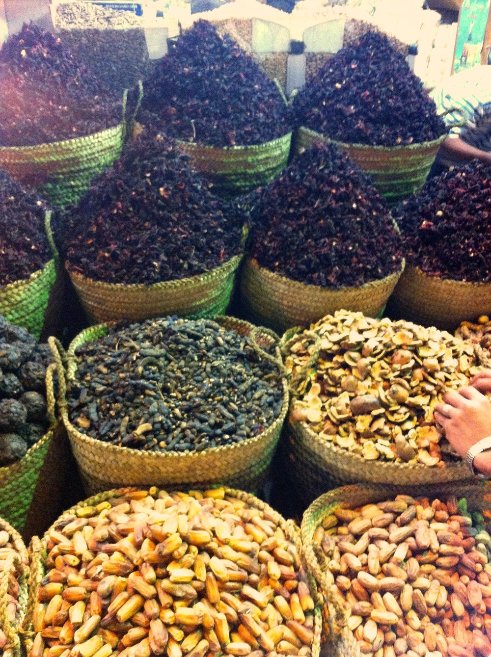 Hibiscus, tamarnid, Peanuts and more at a market in Thebes