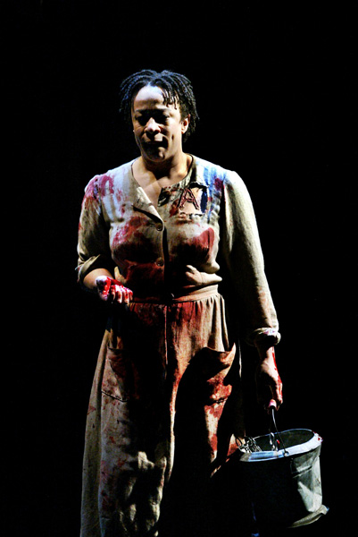 Fucking A  by Suzan-Lori Parks, directed by Michael Greif, starring S. Epatha Merkerson and Mos Def, The Public Theater, New York, NY. 2003 © Michal Daniel.