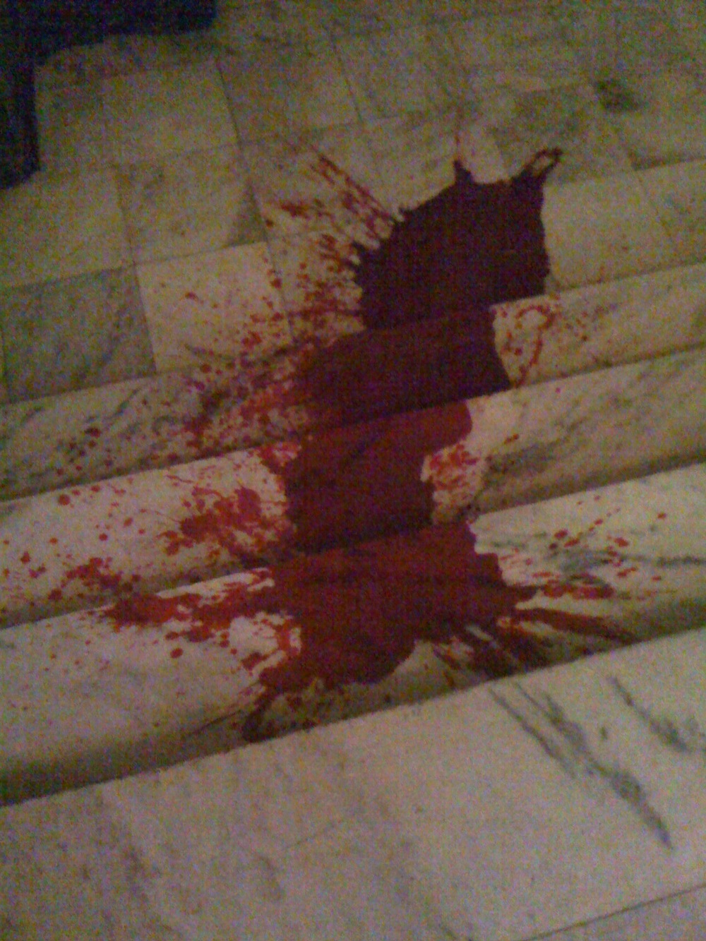 Static blood effect, Haunted Theater, directed by Damon Runnals and Matt Hune, Minneapolis, MN, 2011.