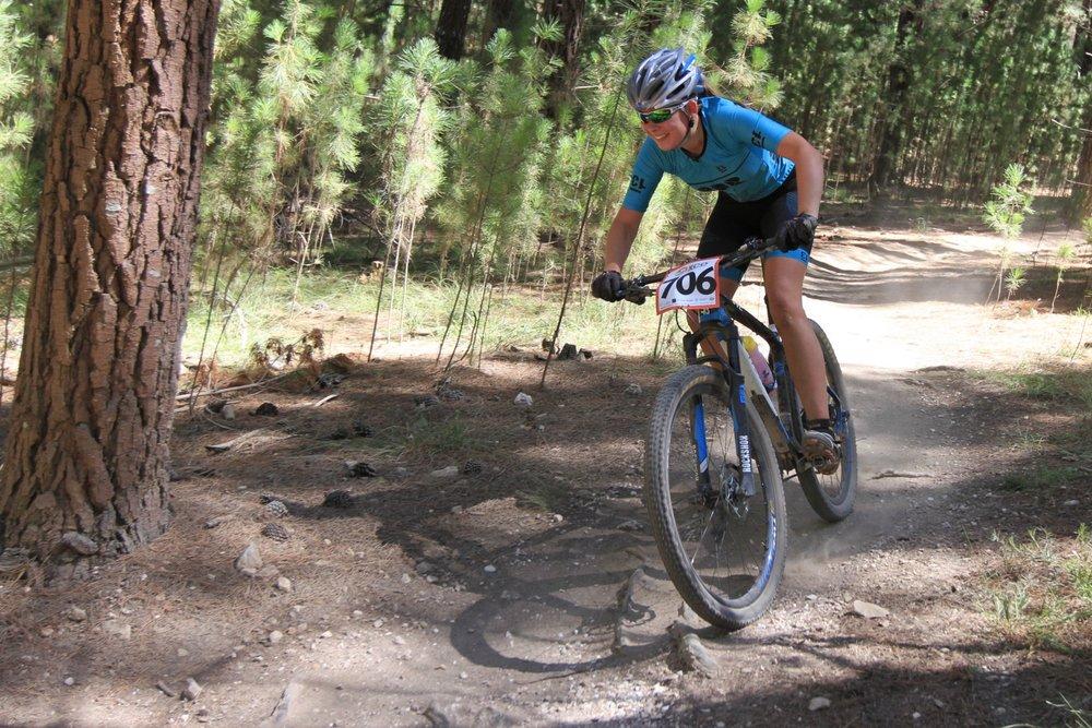 Chloe Dore racing u17. Photo credit: Russ Baker