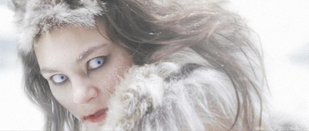 Image from Tungijuq by Félix Lajeunesse and Paul Raphaël. Copyright Isuma Distribution International Ltd.