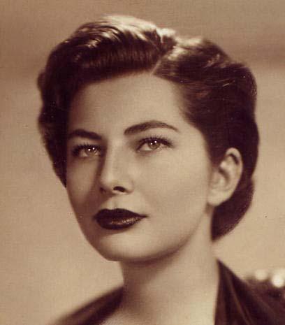 Queen-Shabanu_Soraya_Esfandiary-Bakhtiari,_Tehran_1953.jpg