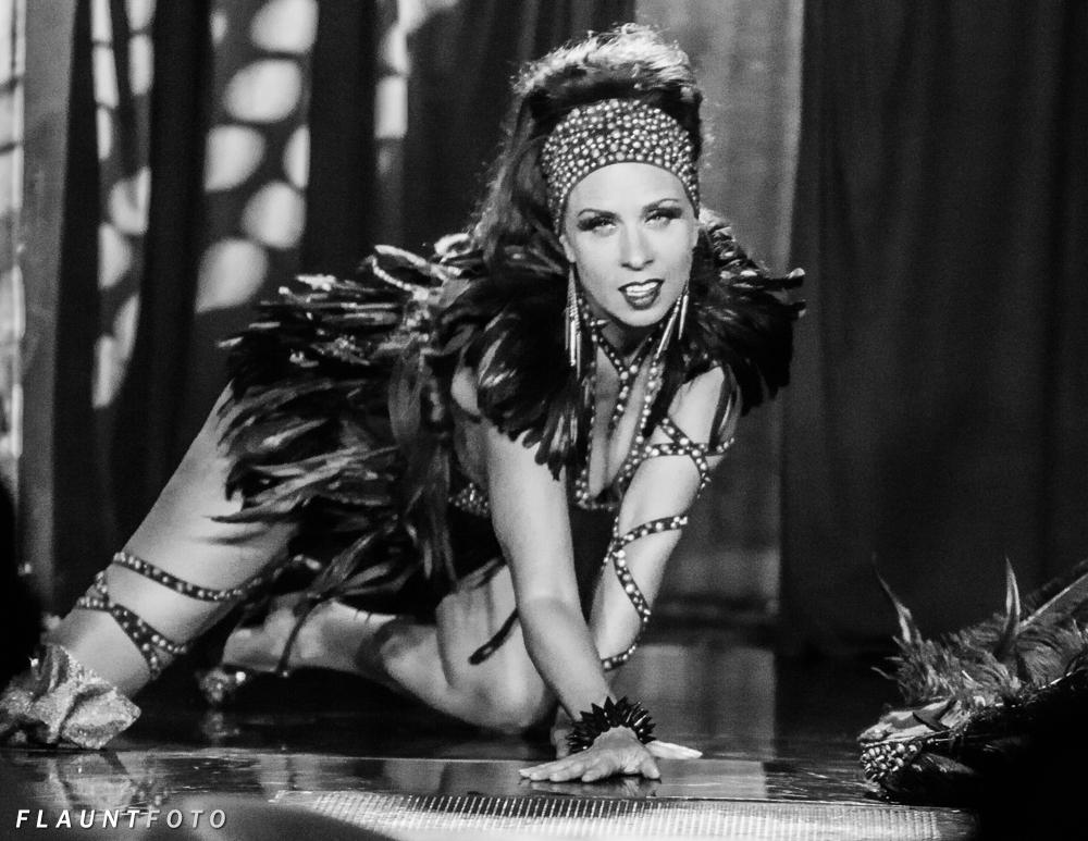 MN-Burlesque-FlauntFoto-2013-Ricks-2960_1.jpg