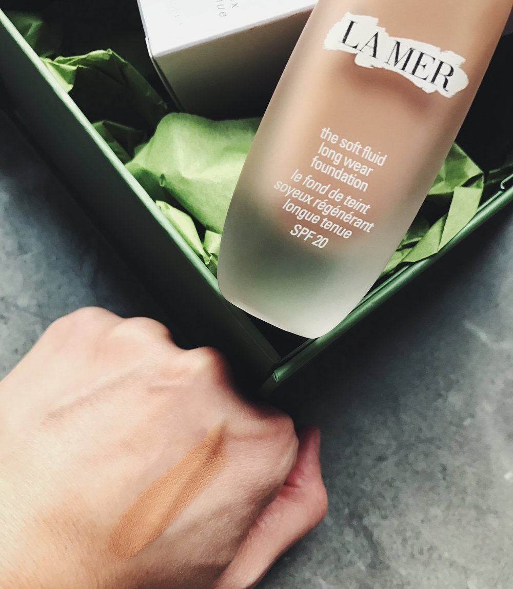 la_mer_foundation_tawny_swatch_41.jpg