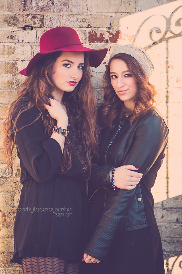 laurel&TaylorgateCopy.jpg