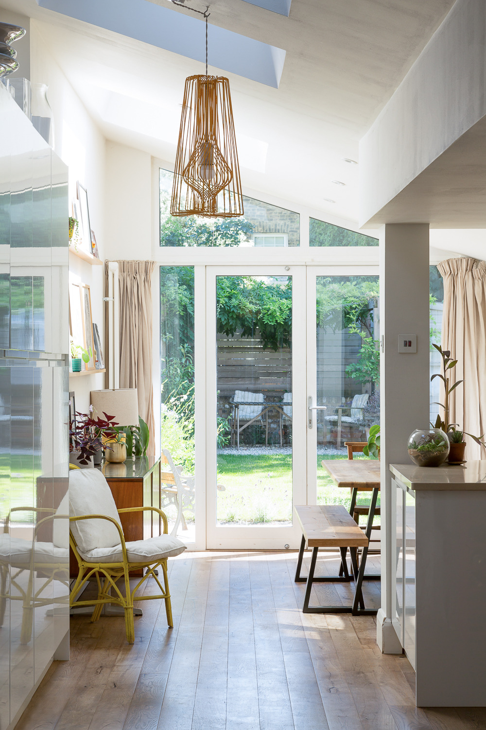 Triple-glazed rooflights and patio doors keep the rear extension super-insulated