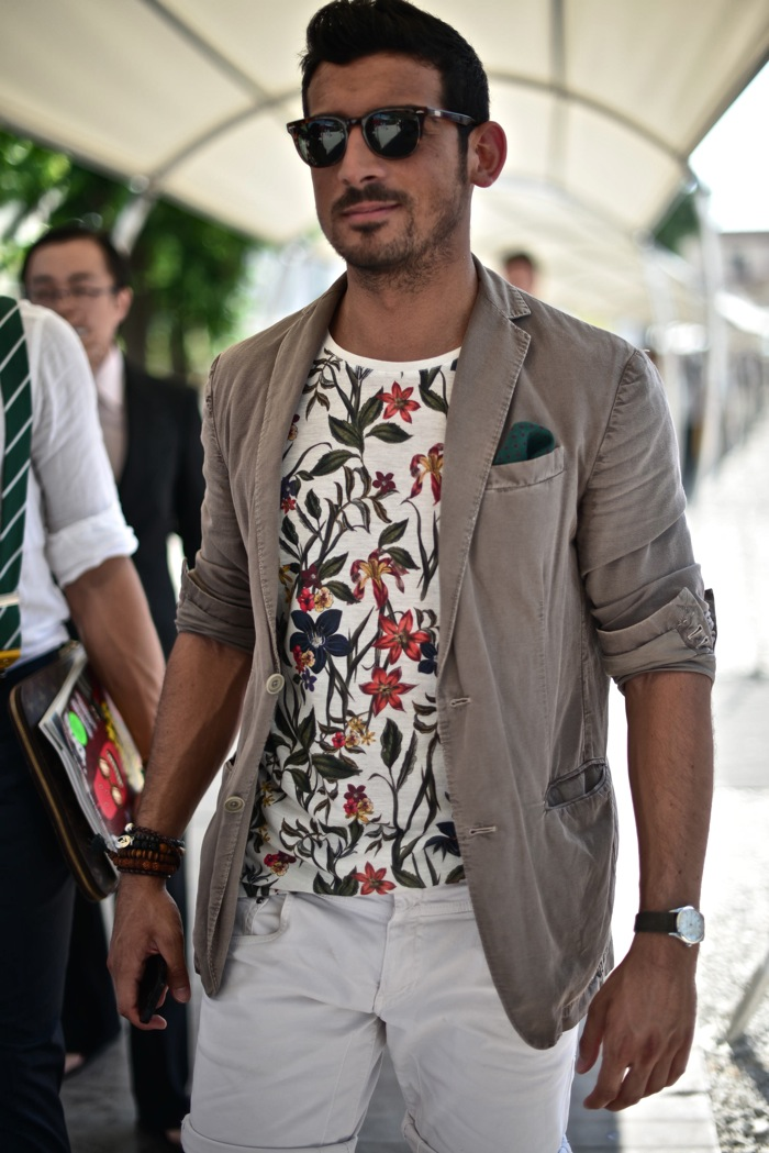 Street-Gents-Summer-Florals-Florence-Italy.jpg