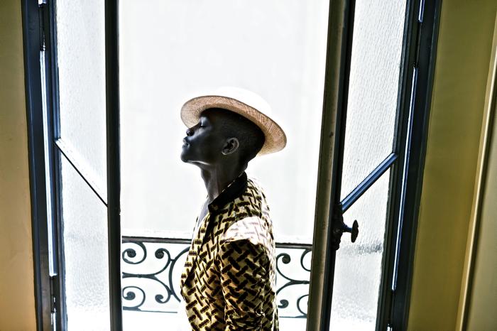 l'homme-sans-visage-bastille-paris-julien-boudet-photography-dapper-lou3.jpg