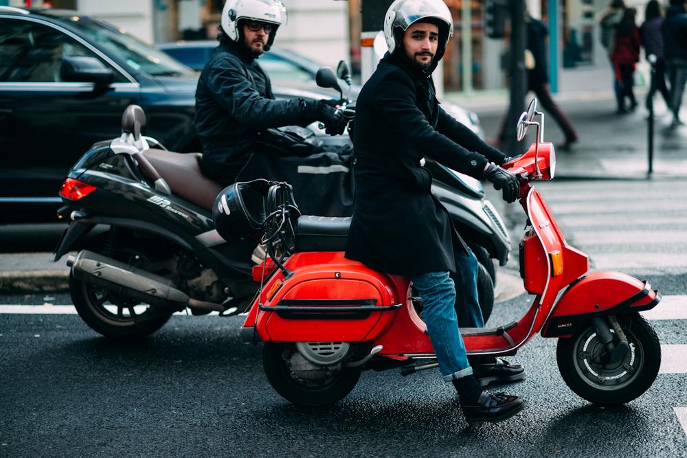 Vespa-Paris-rue de rivoli-#PFW-2.jpg