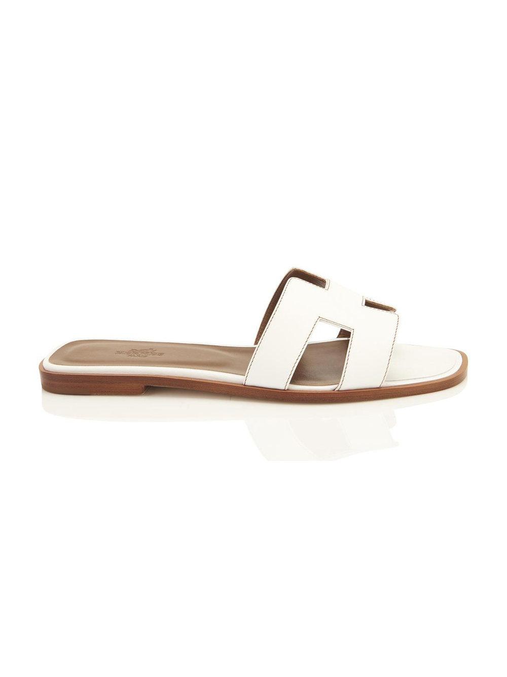 hermes-white-oran-orans-flat-39-sandals-size-us-85-regular-m-b-21753760-3-0.jpg