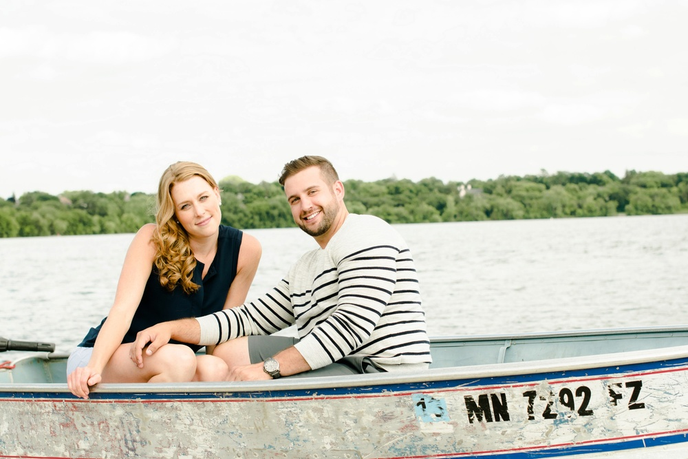 Lake Harriet Minneapolis Engagement Pictures Ali Leigh Photo_0331.jpg
