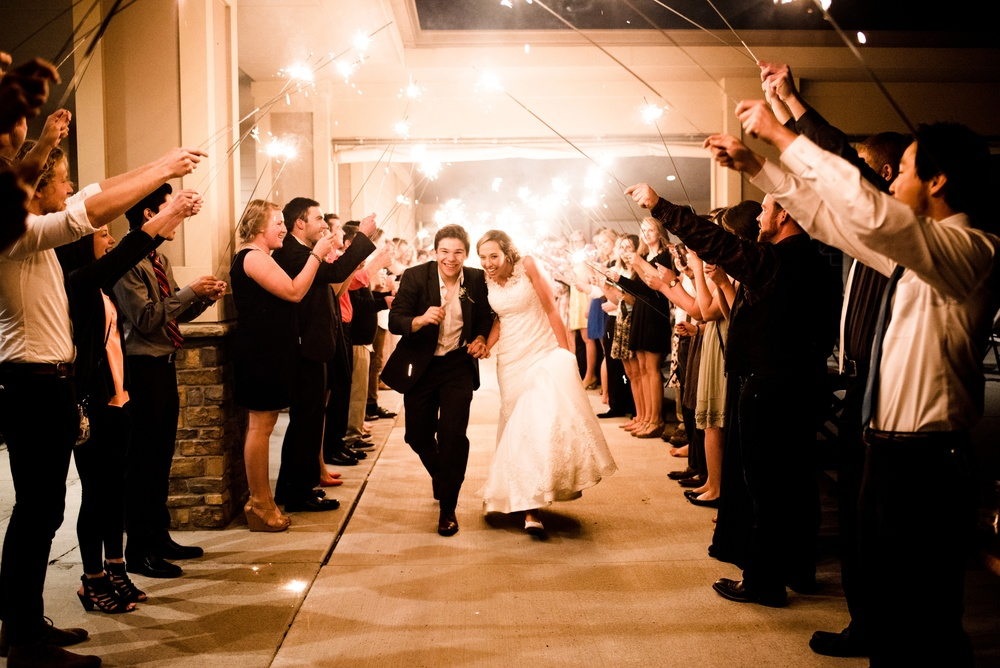 Pleasant Hill Des Moines Wedding Photographer_2213.jpg
