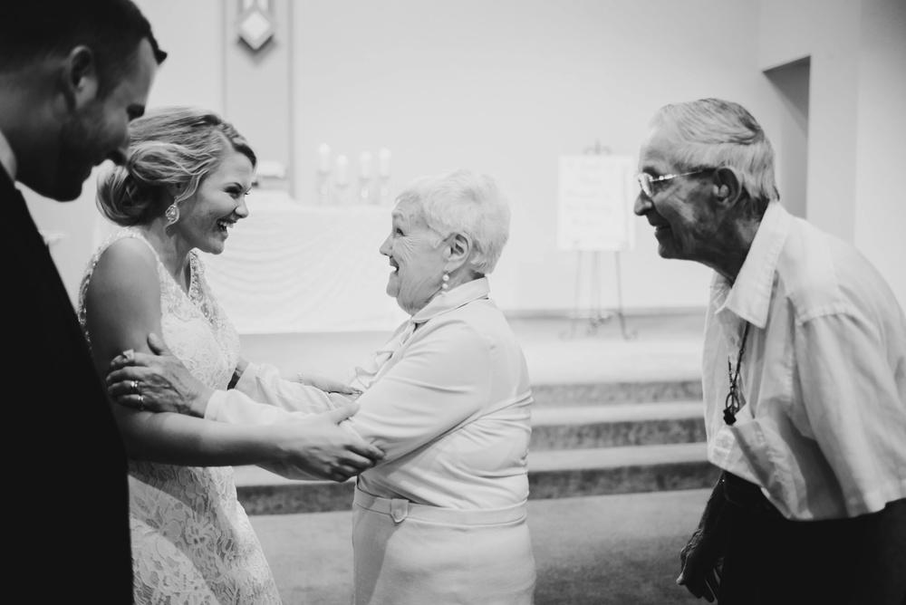 Appleton Wisconsin Wedding Photographer_3036.jpg