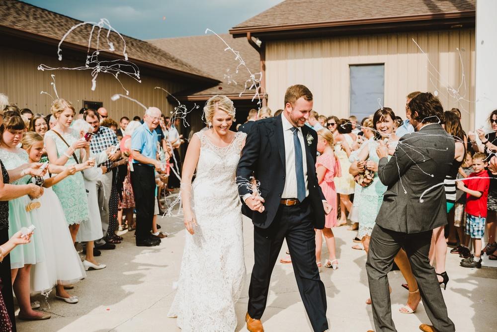Appleton Wisconsin Wedding Photographer_3038.jpg