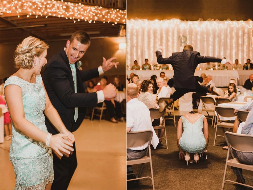 Appleton Wisconsin Wedding Photographer_3053.jpg