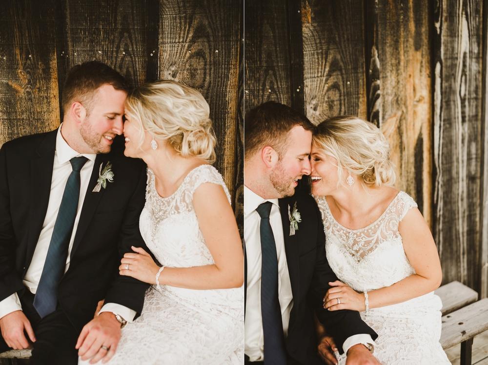 Appleton Wisconsin Wedding Photographer_3059.jpg