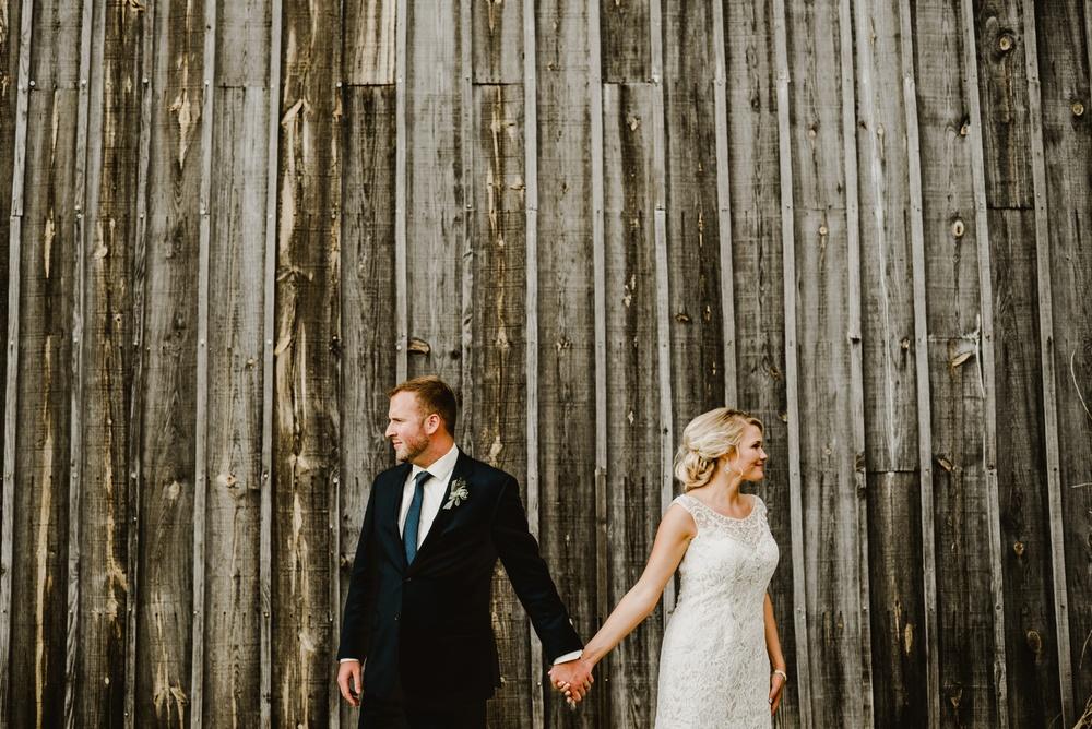 Appleton Wisconsin Wedding Photographer_3065.jpg