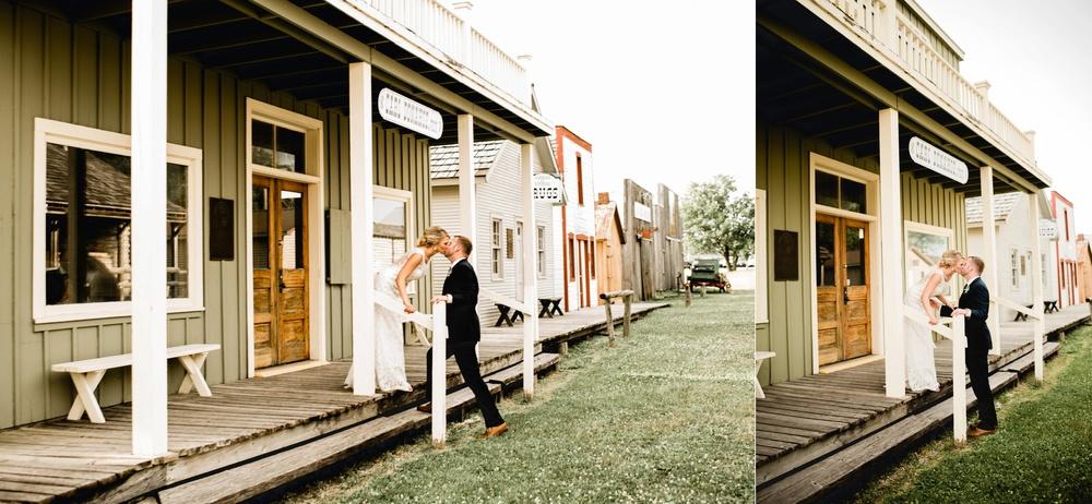 Appleton Wisconsin Wedding Photographer_3071.jpg