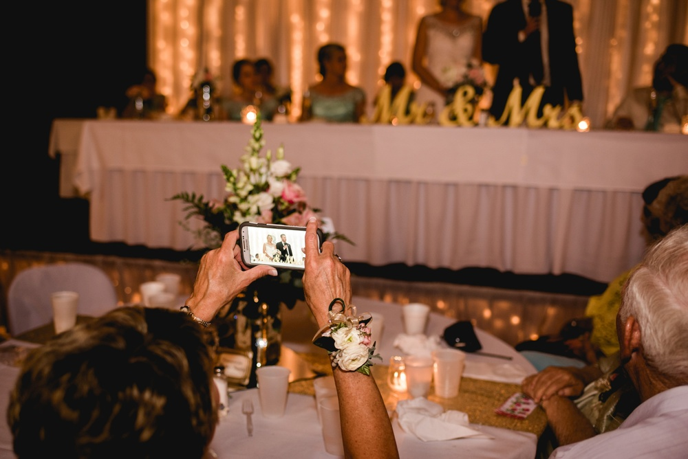 Appleton Wisconsin Wedding Photographer_3086.jpg