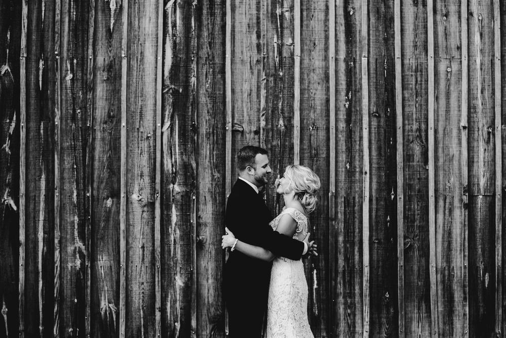 Appleton Wisconsin Wedding Photographer_3063.jpg