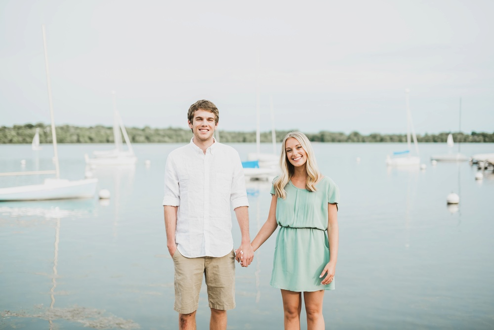 Lake Harriet Minneapolis Engagement Photographer_3099.jpg