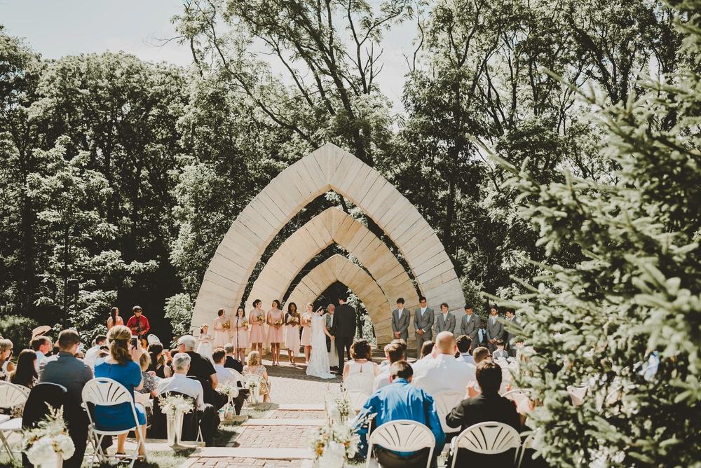 Eclectic Garden Celebration Farm Wedding Wisconsin Photographer_3197.jpg