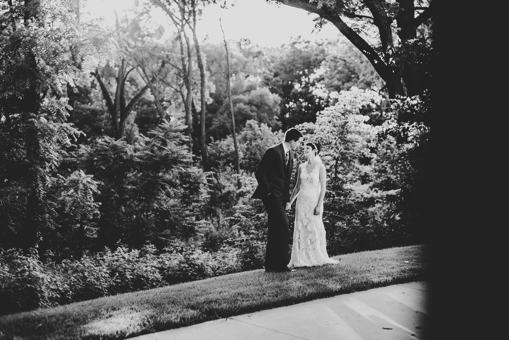 Eclectic Garden Celebration Farm Wedding Wisconsin Photographer_3254.jpg